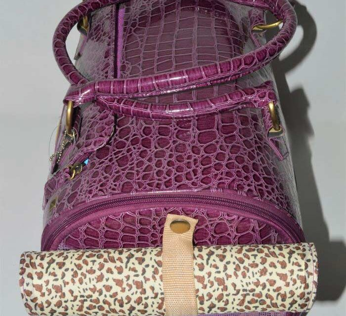 Lila lakk kigyóbőr mintás kutyahordozó táska 2