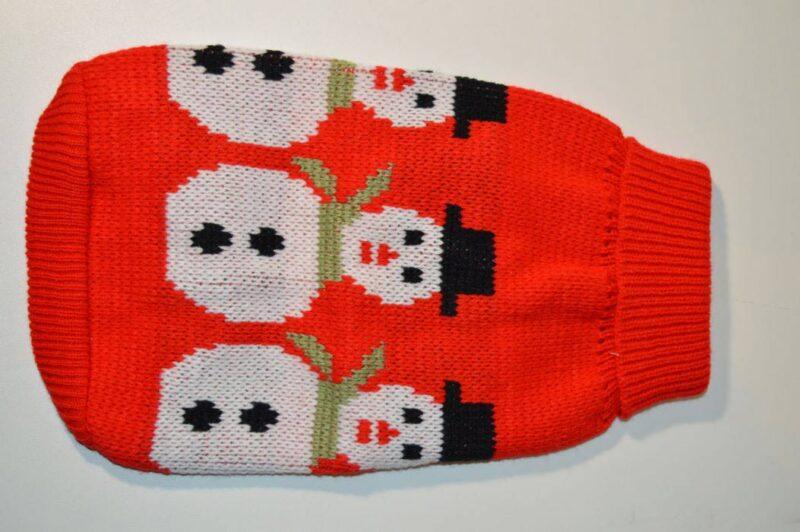 Piros hóemberes kötött kutyaruha 3
