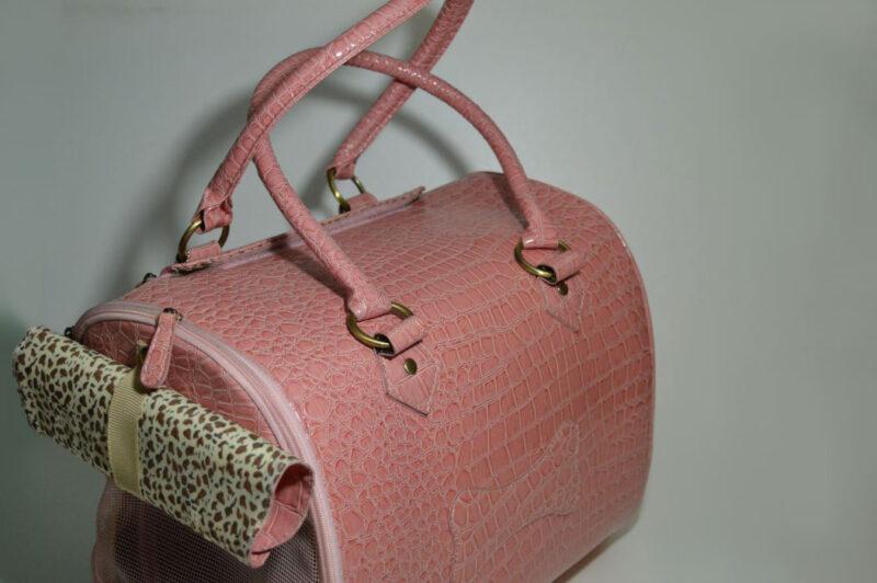 Rózsaszín lakkozott kigyóbőr mintás kutyahordozó táska 2 2