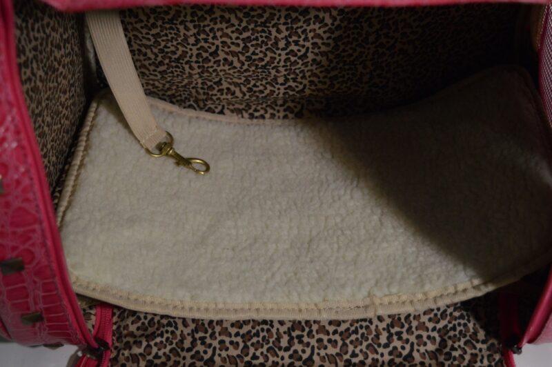 Rózsaszín lakkozott kigyóbőr mintás kutyahordozó táska 2 6
