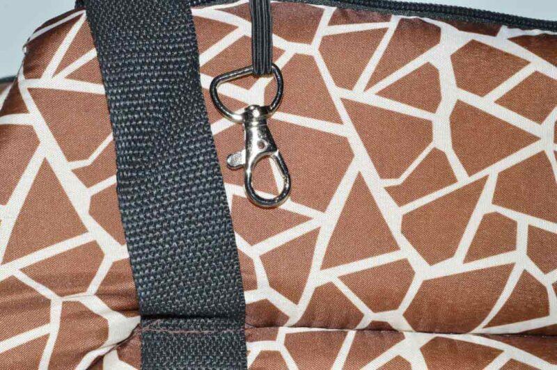Zsiráf mintás mosható kutyahordozó táska 3