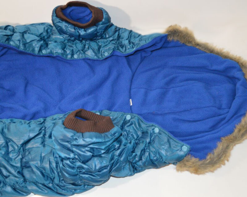 Kék pufi téli kutya overál golden retriverre 1