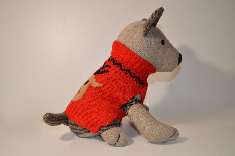Rénszarvasos piros kötött kutyapulcsi 3