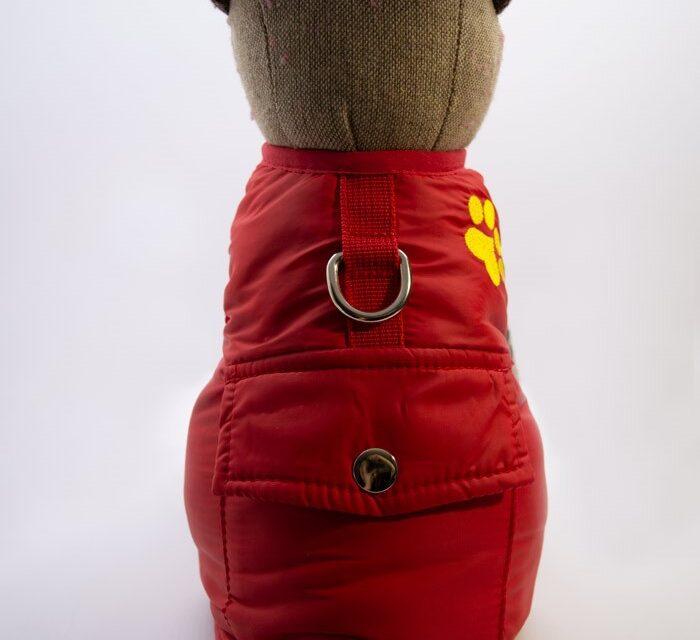 Tappancs hímzett piros kutyamellény 1