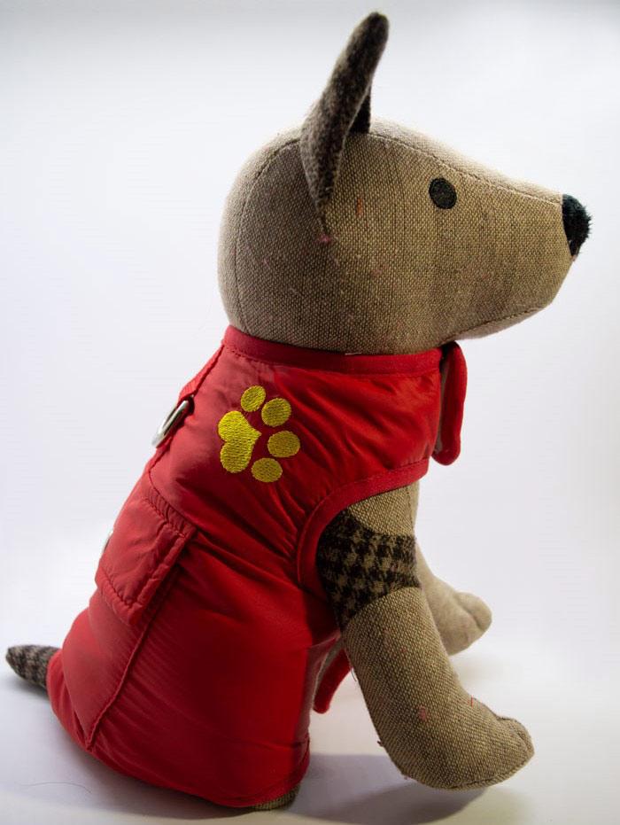 Tappancs hímzett piros kutyamellény 3